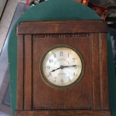 Relojes de carga manual: RELOJ DE MADERA DEL BANCO VITALICIO DE ESPAÑA, BARCELONA.. Lote 261670710
