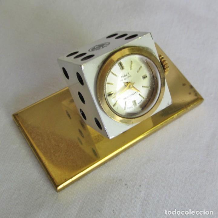 RELOJ ISBEN DE SOBREMESA A CUERDA FORMA DE DADO PUBLICIDAD BUTANO (Relojes - Sobremesa Carga Manual)