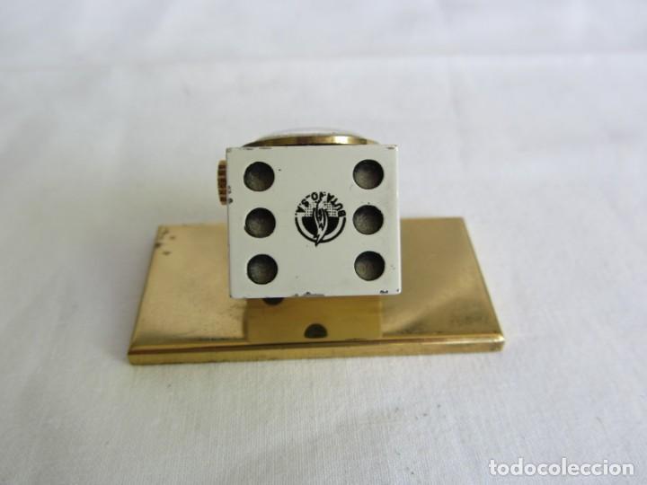 Relojes de carga manual: Reloj Isben de sobremesa a cuerda forma de dado Publicidad Butano - Foto 5 - 262911255