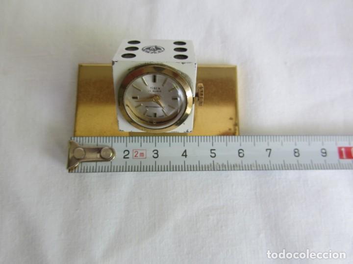 Relojes de carga manual: Reloj Isben de sobremesa a cuerda forma de dado Publicidad Butano - Foto 10 - 262911255