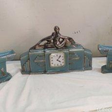 Horloges à remontage manuel: ESPECTACULAR RELOJ ART DÉCO DE PORCELANA MAQUINARIA DE CUERDA AÑOS 20. Lote 266597803