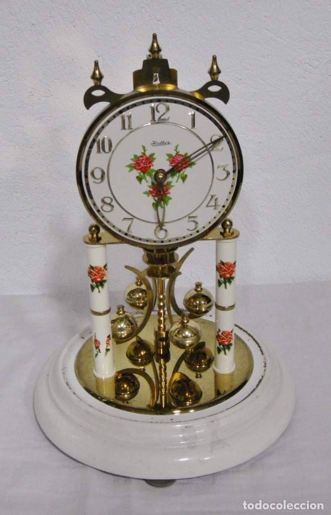 Relojes de carga manual: Antiguo Reloj de sobremesa Alemán. HALLER. Años 50. De cuerda. 400 días. Con fanal. - Foto 2 - 267644339