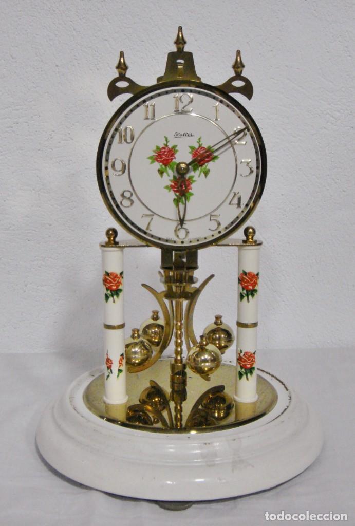 Relojes de carga manual: Antiguo Reloj de sobremesa Alemán. HALLER. Años 50. De cuerda. 400 días. Con fanal. - Foto 3 - 267644339