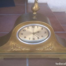 Relojes de carga manual: RELOJ SOBREMESA CHIMENEA CHAPA MOTIVO AVE. Lote 268585734