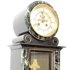 Relojes de carga manual: RELOJ DE SOBREMESA ANTIGUO CON ESCAPE EN LA ESFERA.. Lote 274306913