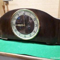 Relojes de carga manual: RELOJ ANTIGUO MADERA CHIMENEA. Lote 274927833