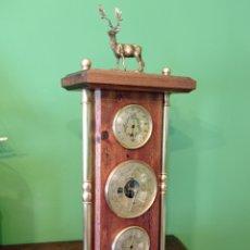 Orologi di carica manuale: ESTACIÓN METEOROLÓGICA, DE SOBREMESA, EN MADERA Y LATÓN, (HIGRÓMETRO, BARÓMETRO Y TERMÓMETRO),. Lote 276518023