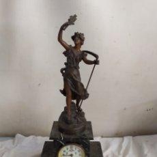 Relojes de carga manual: ANTIGUO RELOJ FRANCÉS MÁRMOL Y CALAMINA SIGLO XIX. Lote 276910503