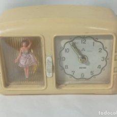 Horloges à remontage manuel: ANTIGUO RELOJ SOBREMESA MODELO RADIO CON MÚSICA A CUERDA CON BAILARINA. ORIGINAL NO COPIA. REF.AUTO. Lote 277435313