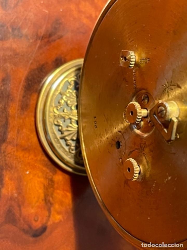 Relojes de carga manual: Reloj de viaje - Jaeger LE COULTRE RECITAL 8 colores oro - Segunda mitad del siglo XX - Foto 4 - 277464683