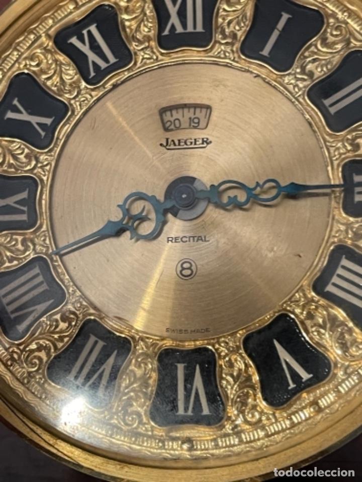 Relojes de carga manual: Reloj de viaje - Jaeger LE COULTRE RECITAL 8 colores oro - Segunda mitad del siglo XX - Foto 12 - 277464683