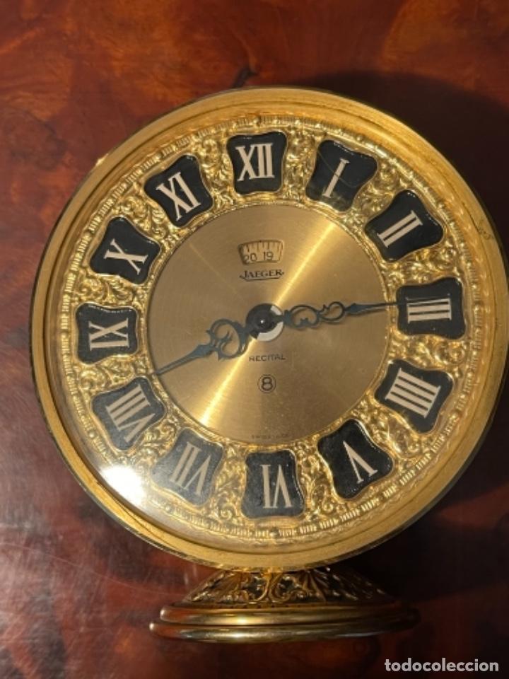 Relojes de carga manual: Reloj de viaje - Jaeger LE COULTRE RECITAL 8 colores oro - Segunda mitad del siglo XX - Foto 21 - 277464683