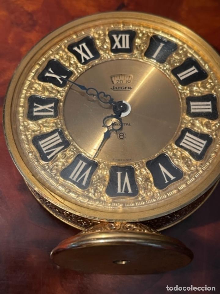 Relojes de carga manual: Reloj de viaje - Jaeger LE COULTRE RECITAL 8 colores oro - Segunda mitad del siglo XX - Foto 27 - 277464683
