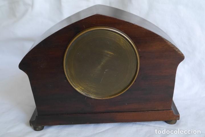 Relojes de carga manual: Reloj de madera de sobremesa de cuerda, funcionando - Foto 4 - 277624293