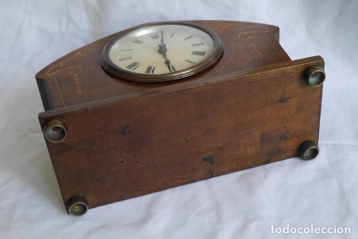 Relojes de carga manual: Reloj de madera de sobremesa de cuerda, funcionando - Foto 6 - 277624293