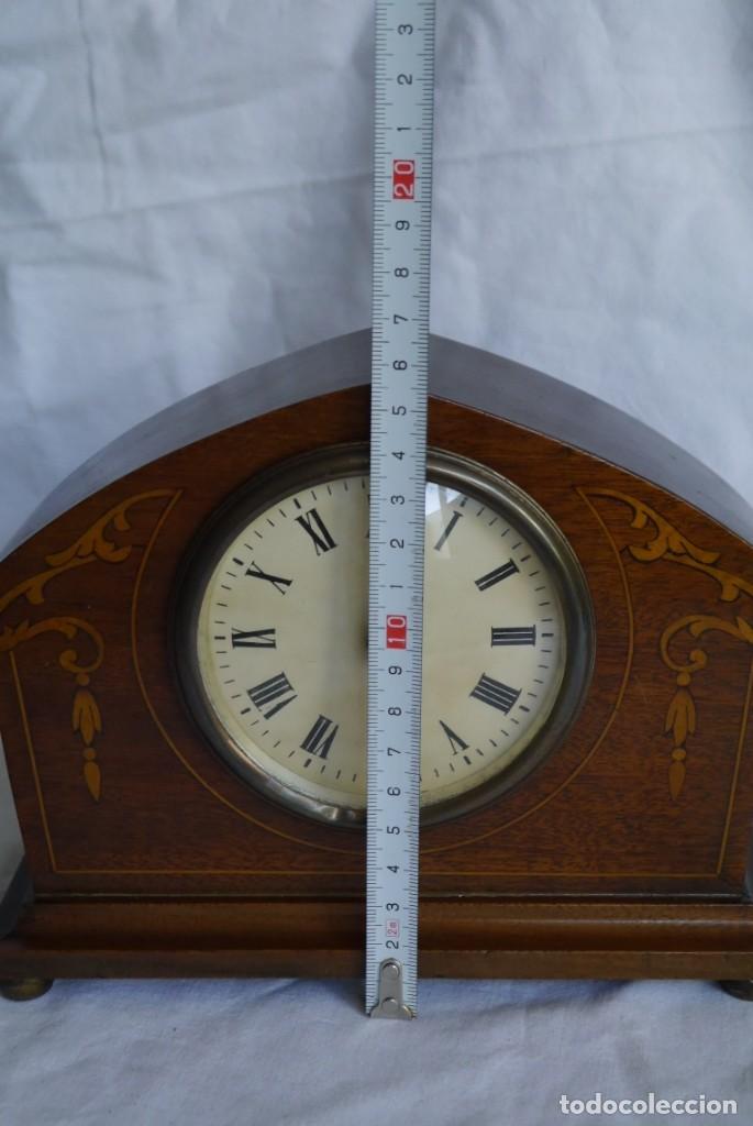 Relojes de carga manual: Reloj de madera de sobremesa de cuerda, funcionando - Foto 7 - 277624293