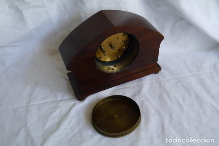 Relojes de carga manual: Reloj de madera de sobremesa de cuerda, funcionando - Foto 10 - 277624293