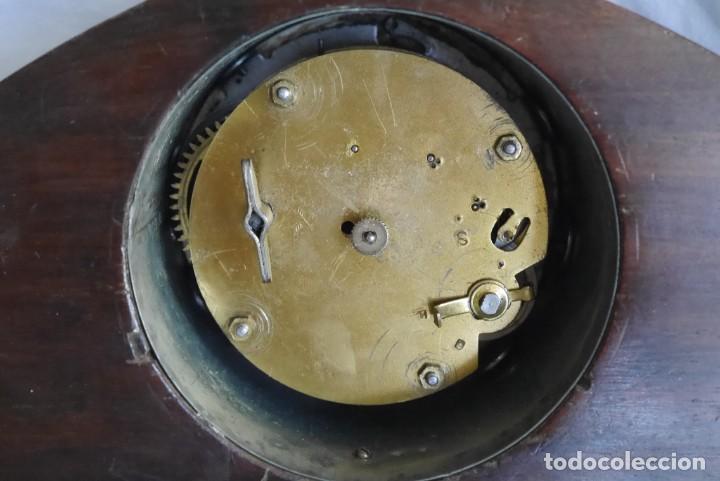 Relojes de carga manual: Reloj de madera de sobremesa de cuerda, funcionando - Foto 12 - 277624293