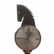 Horloges à remontage manuel: RELOJ DE SOBREMESA DESPERTADOR SWIZA 8. FUNCIONA.. Lote 286599573