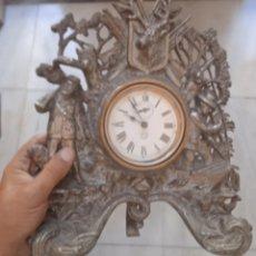 Relógios de carga manual: ANTIGUO RELOJ DE SOBREMESA BRONCE. Lote 287913768