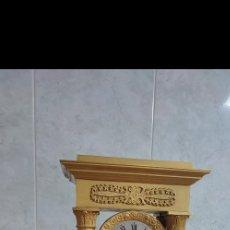 Relojes de carga manual: RELOJ PÓRTICO DE BRONCE AL MERCURIO ORO FINO ÉPOCA IMPERIO CIRCA 1800 1810 BUEN ESTADO FUNCIONANDO. Lote 289459618