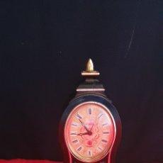 Relojes de carga manual: EUROPA RELOJ MECANICO SOBRE MESA FUNCIONA LE FALTA LA LLAVE LO QUE SE MUEVE LAS AGUJAS. Lote 289479203