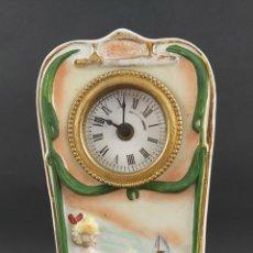 Relojes de carga manual: RELOJ DE PORCELANA MODERNISTA. ART NOUVEAU. S.XIX. Lote 290396658