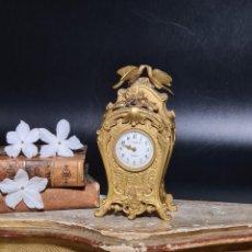 Relojes de carga manual: MAGNÍFICO RELOJ MINIATURA EN BRONCE ORMOLU - A.H. RODANET HACIA 1870. Lote 295698683