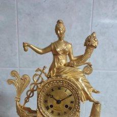 Relojes de carga manual: RELOJ BRONCE AL MERCURIO ORO FINO PRIMER IMPERIO DETALLES MITOLÓGICOS BUEN ESTADO FUNCIONA MIRA!!. Lote 295732843