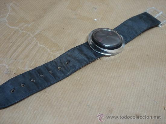 Relojes - Swatch: RELOJ DE PULSERA SWATCH - AÑOS 90s - FONDO NEGRO - Foto 4 - 25668612
