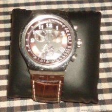 Relojes - Swatch: RELOJ SWATCH ACERO INOXIDABLE ESFERA COLOR NEGRO Y CORREA DE PIEL MARRON. Lote 46210397