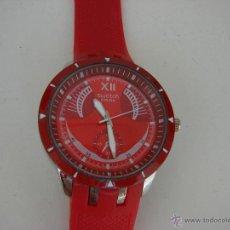 Relojes - Swatch: RELOJ SWATCH CON CORREA DE SILICONA ROJA. GRAN TAMAÑO . Lote 50923436