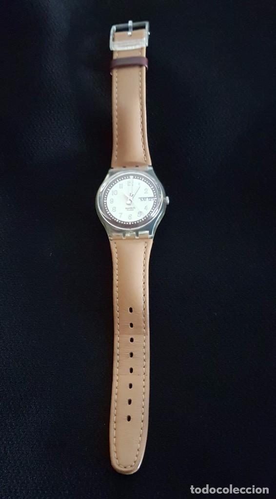 Relojes - Swatch: Reloj Swatch croissant chaud GE700. Año 2003 - Foto 2 - 81083676