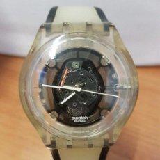 Relojes - Swatch: RELOJ DE PULSERA SWATCH MAQUINA VISTA DE CUARZO FUNCIONANDO PARA SU USO DIARIO, CRISTAL SIN RAYAS. Lote 88349820
