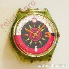 Relojes - Swatch: RELOJ SWATCH - NO FUNCIONA -TIENE ROTURAS - PARA PIEZAS O REPARAR - CON DIBUJO DE ESTRELLA - MÁQUINA. Lote 101360495