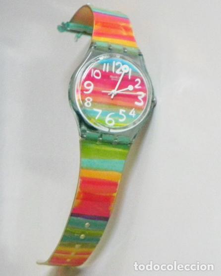 Relojes - Swatch: RELOJ DE PULSERA - SWATCH - #009 - ALEGRES COLORES - ALEGRE DISEÑO - FUNCIONA - MÁQUINA - Foto 2 - 106415627