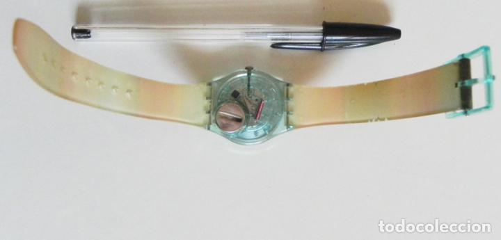 Relojes - Swatch: RELOJ DE PULSERA - SWATCH - #009 - ALEGRES COLORES - ALEGRE DISEÑO - FUNCIONA - MÁQUINA - Foto 3 - 106415627
