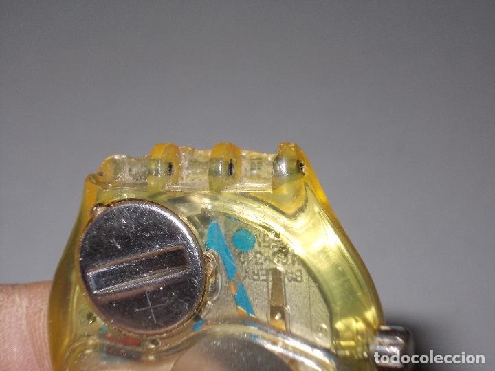 Relojes - Swatch: Reloj Swatch musical Swiss made, sin probar, para piezas. Tiene rotos los soportes de la correa - Foto 6 - 114525071