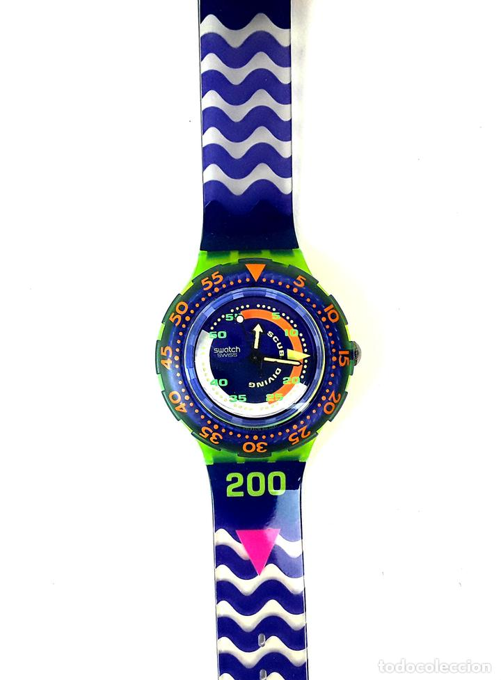 RELOJ SWATCH. SCUBA 200. SPRAY UP SAN 103. SUIZA. 1992. (Relojes - Relojes Actuales - Swatch)