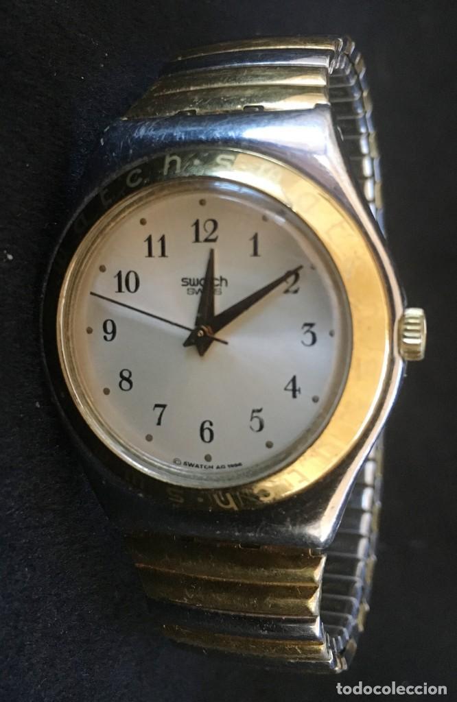 EXCELENTE RELOJ DE CUARZO DE LA MARCA SWATCH CON CADENA METALICA (Relojes - Relojes Actuales - Swatch)