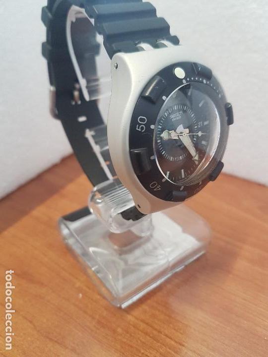 Relojes - Swatch: Reloj caballero (Vintage) SWATCH Iron y Scuba 200 de cuarzo con correa silicona no original Swatch - Foto 2 - 154623718