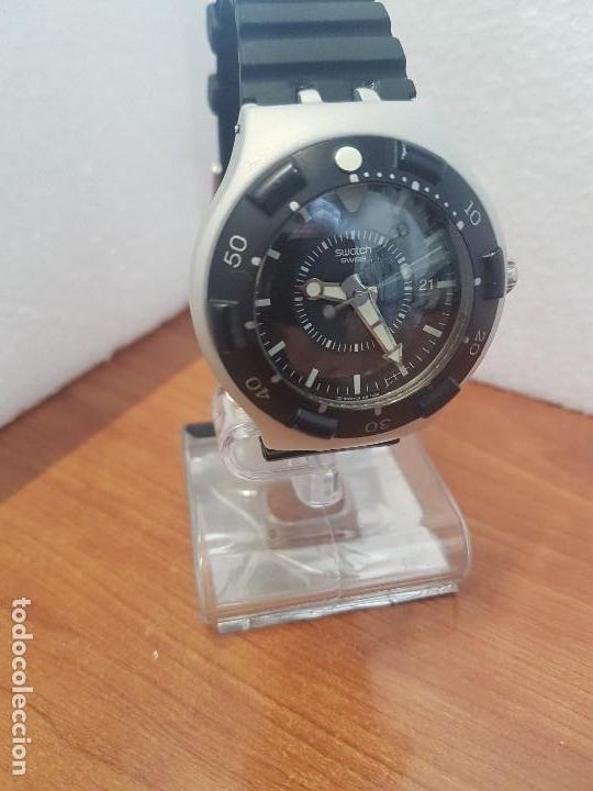 Relojes - Swatch: Reloj caballero (Vintage) SWATCH Iron y Scuba 200 de cuarzo con correa silicona no original Swatch - Foto 5 - 154623718