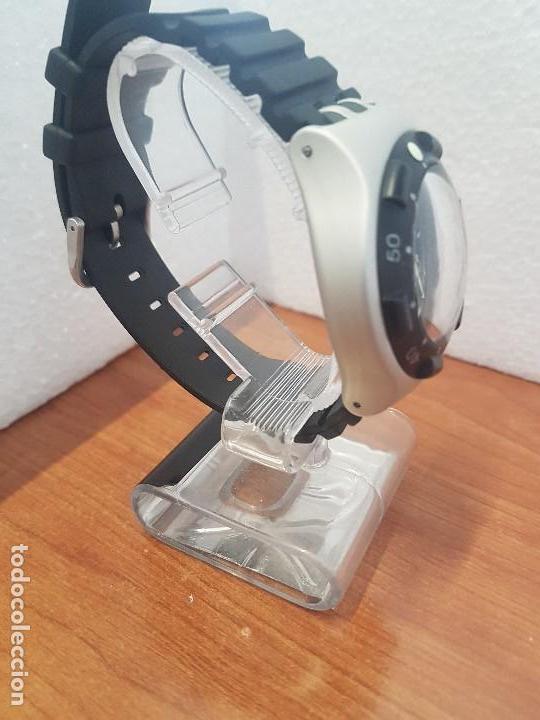 Relojes - Swatch: Reloj caballero (Vintage) SWATCH Iron y Scuba 200 de cuarzo con correa silicona no original Swatch - Foto 7 - 154623718
