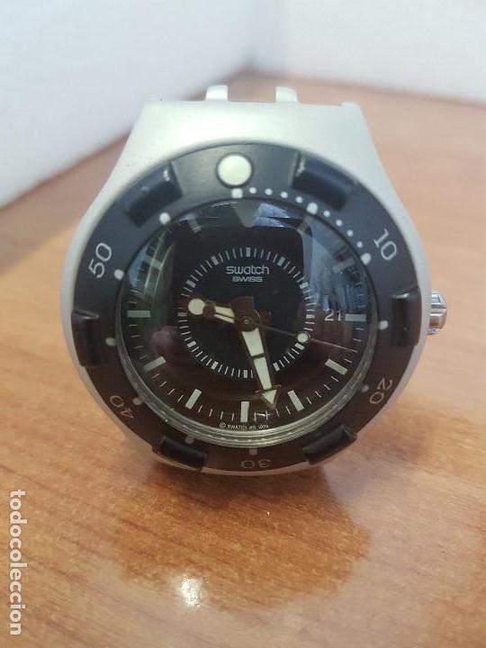 Relojes - Swatch: Reloj caballero (Vintage) SWATCH Iron y Scuba 200 de cuarzo con correa silicona no original Swatch - Foto 8 - 154623718