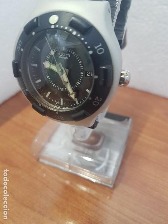Relojes - Swatch: Reloj caballero (Vintage) SWATCH Iron y Scuba 200 de cuarzo con correa silicona no original Swatch - Foto 10 - 154623718