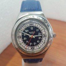 Relojes - Swatch: RELOJ UNISEX SWATCH IRONY DE CUARZO SUIZO CORREA ORIGINAL AZUL, FUNCIONANDO PARA SU USO DIARIO. Lote 154775454