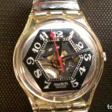 Relojes - Swatch: RELOJ SWATCH TRANSPARENTE CORREA METALICA TIPO MUELLE, QUARZ PARA COLECCIONISTAS.. Lote 159763742