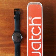 Relojes - Swatch: RELOJ SWATCH MODELO BLACK REBEL. MUY BUEN ESTADO. Lote 176565502