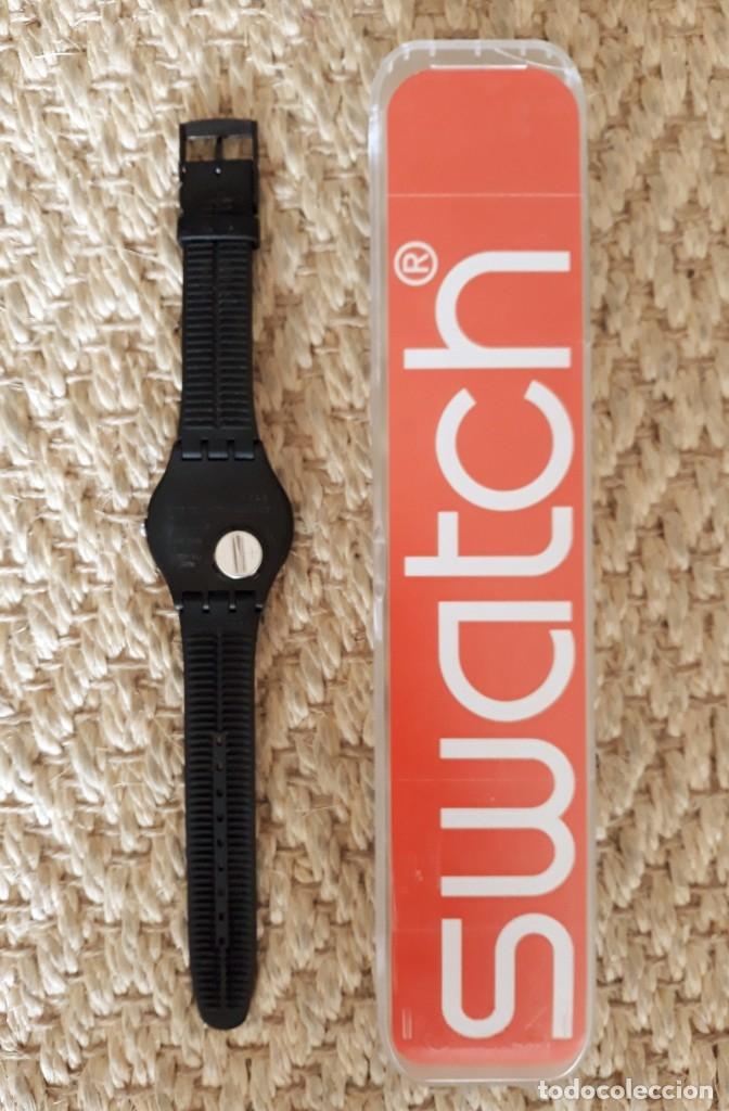 Relojes - Swatch: Reloj Swatch Modelo BLACK REBEL. Muy buen estado - Foto 5 - 176565502