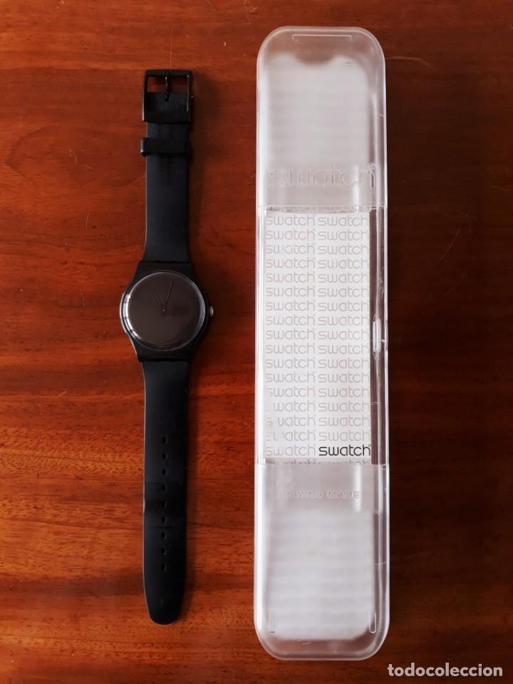 Relojes - Swatch: Reloj Swatch Modelo BLACK REBEL. Muy buen estado - Foto 6 - 176565502